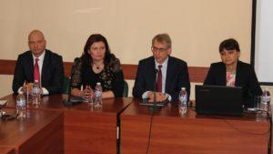 България ще връща пари заради проблемите в програмата за наука и образование