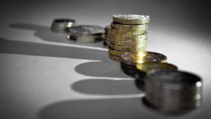 Скритите проблеми на бюджетния излишък